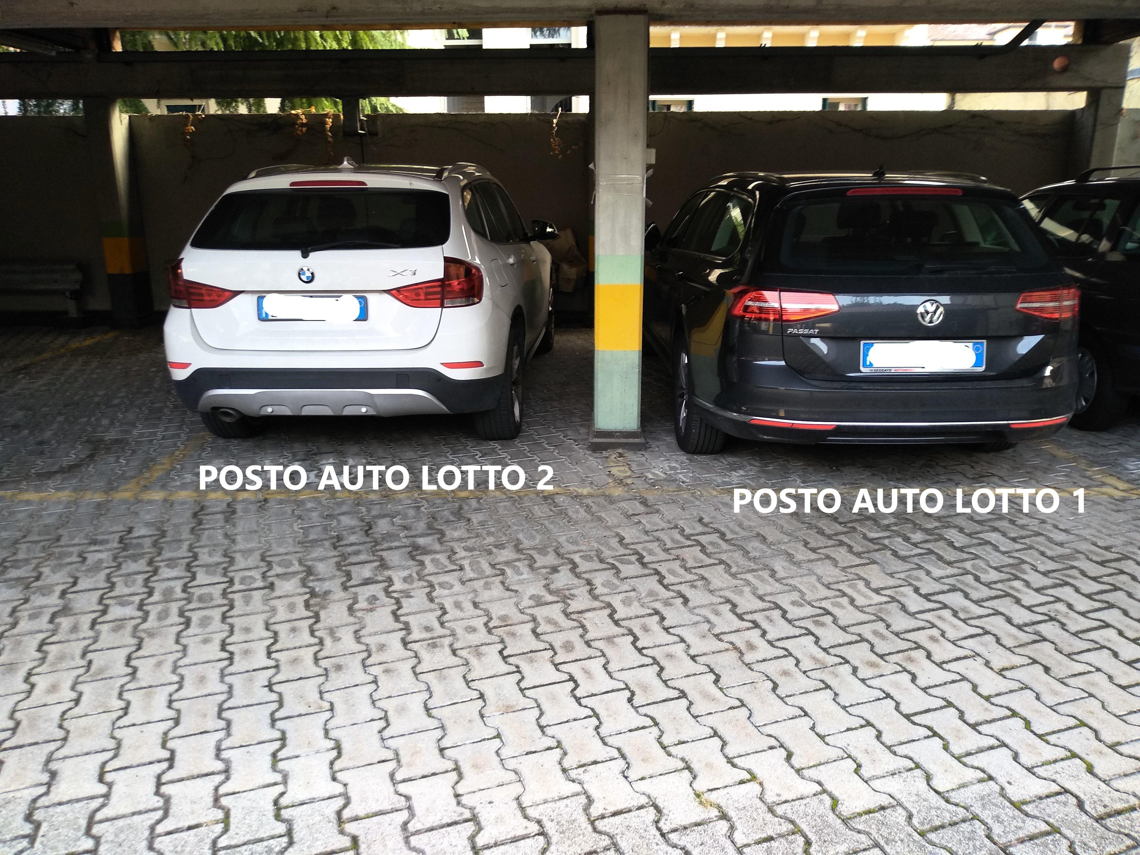 Avviso vendita n. 2 posti auto in Contrà Cantarane foto-Cantarane_5732_1.jpg (Art. corrente, Pag. 1, Foto generica)